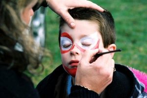 face-painting-at-one-of-the-first-community-planting-days-on-henderson-creek-in-2005
