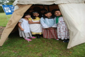 girls-in-the-100-year-old-tent